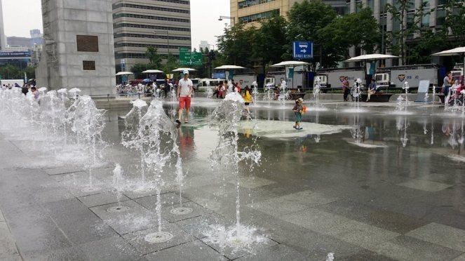 Gwanghwamun_Square